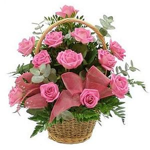 buchetetrandafiri.ro cos-cu-15-trandafiri-roz-tuZIV
