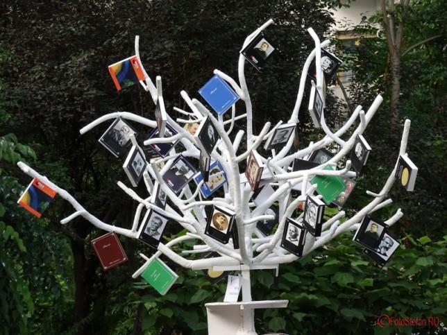google.ro copacul-cu-carti-cismigiu-bucuresti-4