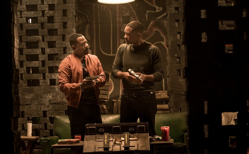 Mike Lowrey (WILL SMITH) and Marcus Burnet (MARTIN LAWRENCE) at a safe house in Columbia Pictures' BAD BOYS FOR LIFE. (Cinemagia)